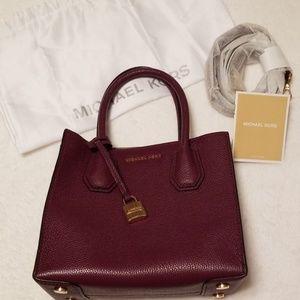 EUC Michael Kors Mercer plum handbag